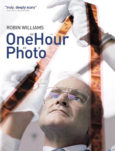 Poster for One Hour Photo